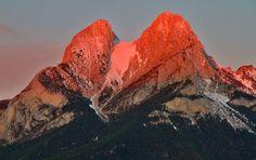 El PEDRAFORCA , una de las montañas emblemáticas de Catalunya.