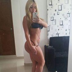 Las Bellas y Sexys: Video: Daniela Villa nos muestra su bello cuerpo