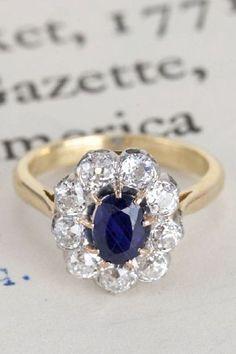 Unique vintage engagement rings for the offbeat bride