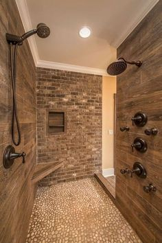 50 Amazing Small Master Bathroom Shower Remodel Ideas and Design - Master Bathroom Shower, Brown Bathroom, Gold Bathroom, Master Bathroom Plans, Rustic Bathroom Shower, Master Bathroom Layout, Modern Shower, Glass Bathroom, Bathroom Interior