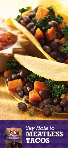 Black bean tacos deliver all of the protein that beef could, but cost less and have fewer calories. #TacoNight #meatlessmonday #meatless #vegetarian #recipe