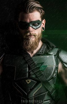 Oliver Queen - The Green Arrow Bald With Beard, Beard Fade, Dc Cosplay, Best Cosplay, Green Arow, Green Arrow Cosplay, Professional Beard, Create A Comic, Best Superhero