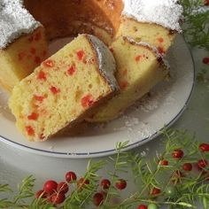 Ciambella di ricotta con ciliegie candite #recipes #foodideas #italianfood #italianrecipes #foodporn #foodphotography