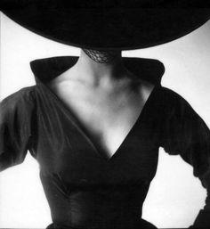 by Irving Penn  #fashionphilosophy #fashionweek #fashionphotography #fashionweekpoland #fashionweekpl