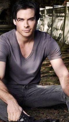 Ian Somerhalder - Damon ¸.•`♥¸.•`♥