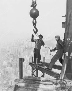 Iron Workers On Empire State Building 1931 Vintage 8x10 Reprint Of Old Photo