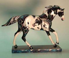 Painted Horses, Indian Horses, Beauty In Art, Pony Horse, Painted Pony, Unicorn Art, All The Pretty Horses, Horse Sculpture, Breyer Horses
