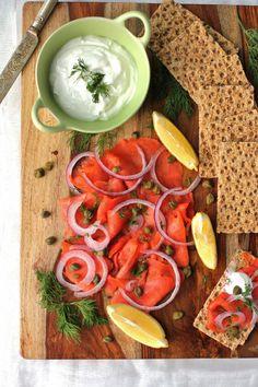 Smoked salmon platter | www.ricottaandradishes.com