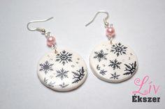 It's snowing - earring