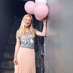 MOMMY-Shirt von MiniMenschlein.de/Shop - Outfitpost by @SarahPlusDrei