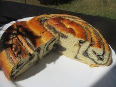 Immer wieder wurde ich gefragt warum machst du nicht mal einen Mohnkuchen? Bernds Mohnkuchen Also gut, ein Mohnkuchen! Denn eigentlich sollte ich ein Mohnzopf werden, Mohnschnecke hätte mir auch ge…