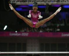 La estadounidense Gabrielle Douglas, oro en gimnasia artística.