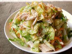 キャベツと鶏胸肉のモリモリおかずサラダの画像