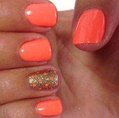 Simple dot nail art design