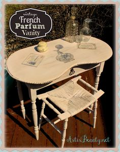"""""""Vintage French Parfum"""" Graphics-Decorated Painted Vanity   ArtIsBeauty.net"""