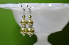 Olive Green Shell Pearl  - Avocado green earrings - light green special occasion pearl earrings - simulated pearl jewelry - prom quinceanera #kikiverde #Etsy #handmade