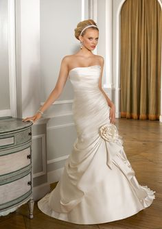 Lovely Strapless Applique Trumpet Wedding Dress with Flowers -Dressfame.com