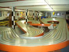 Car Racing Video, Slot Car Racing, Slot Car Tracks, Slot Cars, Race Cars, Auto Racing, Car Racer, Motor Car, King