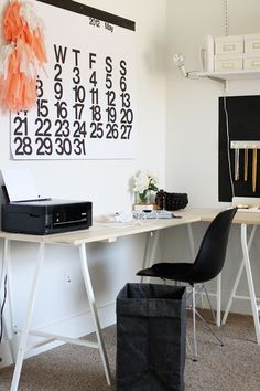 love the giant stendig calendar and this nice clean workspace (via jennifer hagler on design sponge)