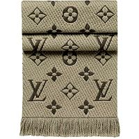 louis vuitton logomania scarf #mode #style #fashion #fastlife #goodlife #luxury #welldressed #dresstoimpress #lifestyle
