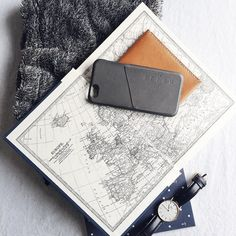 #Mujjo leather wallet case for iphon 6 & 6s - By @kryzzzie from #manila - Available at mujjo.com