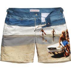 Bulldog - Mid-length | Photographic Print - Photographic (Beach Frivolity)