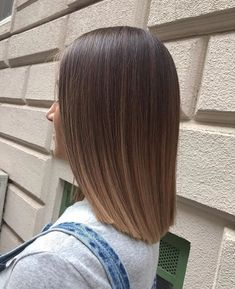 Haare, Frisur und Balayagebild Haar Styling Haar-, Frisur- und Balayagebild Haar Styling The post Haar-, Frisuren- und Balayage-Bild # Frisur # Haarstyling & Haar Styling appeared first on Short hair styles . Haircuts For Fine Hair, Bob Hairstyles, Bob Haircuts, Straight Haircuts, Straight Shoulder Length Hair Cuts, Medium Straight Hair, Sholder Length Hair Styles, Hairstyle Short, Simple Hairstyles
