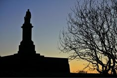 """""""Dusk at Collingwood's Monument, Tynemouth Our Town, Newcastle, Dusk, Twitter, Places, Lugares"""