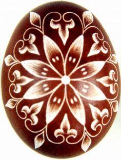 Karcolt tojás - Scratch-carved egg (43)