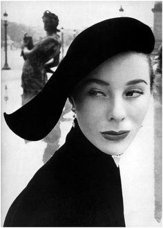Bettina Graziani 1951 Photo Arik Nepo