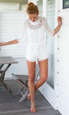 combinaison blanc en dentelle, fille, mode, tendance de l'été