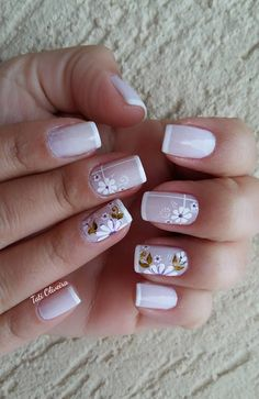 20 Modelos de unhas fancesinhas com flor; veja: Love Nails, Pretty Nails, Nail Deco, Finger Nail Art, Spring Nail Art, Super Nails, Cute Nail Designs, French Nails, Manicure And Pedicure