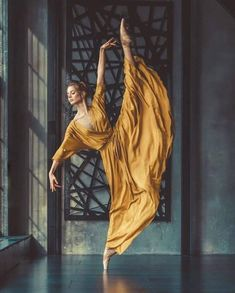 Ballet Photography, Amazing Photography, Levitation Photography, Surrealism Photography, Exposure Photography, Water Photography, Fashion Photography, Ballet Images, Dance Images