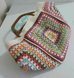 Bag Crochet, Crochet Handbags, Crochet Purses, Crochet Home, Love Crochet, Crochet Granny, Crochet Baby, Granny Square Bag, Granny Squares