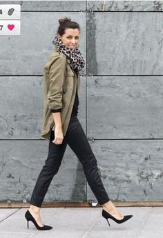 Discover and organize outfit ideas for your clothes. Decide your daily outfit with your wardrobe clothes, and discover the most inspiring personal style Fashion Mode, Look Fashion, Womens Fashion, Street Fashion, Mode Chic, Mode Style, Looks Style, Looks Cool, Khaki Jacket