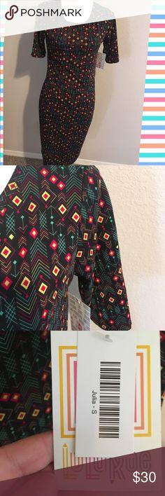 NWT lularoe Julia small chevron Chevron pattern NWT Julia lularoe size small LuLaRoe Dresses Midi
