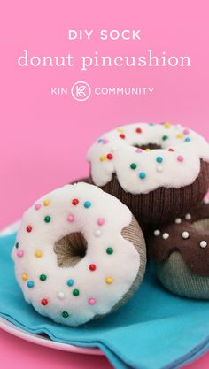 DIY Sock Donut Pincushion by @robert_mahar // Click for step-by-step instructions