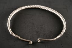 HARTA COMORII Ancient Jewelry, Bracelets, Silver, Antique Jewelry, Bracelet, Antique Jewellery, Arm Bracelets, Bangle, Bangles