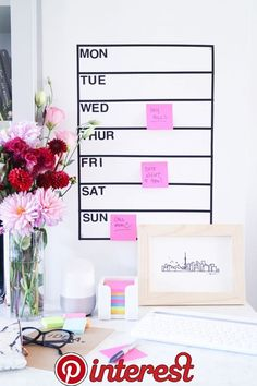DIY :: Removable Dry Erase Weekly Wall Planner (Whiteboard) using Post-It Dry Erase Surface Sheets Whiteboard Planner, Diy Whiteboard, Wall Planner, Dry Erase Calendar, Diy Calendar, Planner Template, Hand Lettering, How To Remove, Wedding Day