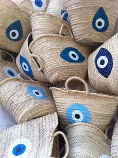 Evil Eye Baskets Evil Eye Art, Greek Evil Eye, Evil Eye Jewelry, Warm Weather Outfits, Handmade Bags, Cool Eyes, Arts And Crafts, Crafty, Decoration