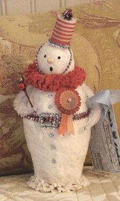 Vintage snowman, so cute!