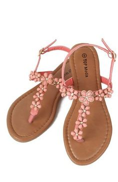 5e7d0b778 Top Moda Anna-7 Crystal Daisy Embellishment T-Strap Flat Sandal - Coral PU  Amazon Shoes