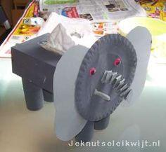 Olifant van een tissuedoosje Diy Crafts For Kids, Art For Kids, Cardboard Crafts, Safari, Fun, Eyfs, School, Carnival, Crates