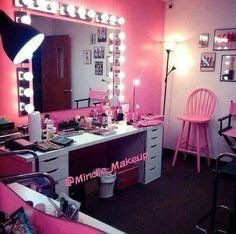 Vanity Room, Vanity Set, Pink Vanity, Vanity Ideas, Closet Vanity, Vanity Decor, Dispositions Chambre, Rangement Makeup, Creation Deco