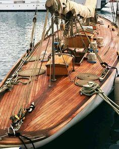 Wooden Sailboat, Wooden Boats, Old Boats, Sail Boats, Sailing Ships, Sailing Yachts, Classic Yachts, Navy Life, Sail Away