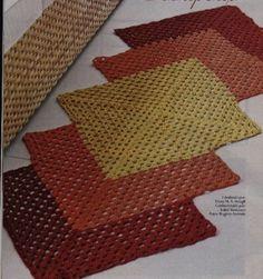 crochet projects to try Crochet Diy, Crochet Quilt, Crochet Squares, Crochet Home, Love Crochet, Crochet Doilies, Weaving Projects, Crochet Projects, Knit Rug