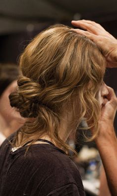 4 Easy Hair Styles for Women with Long Hair