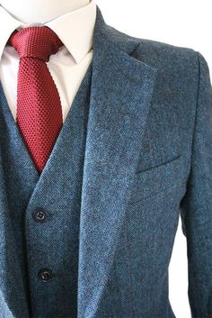 Tweed jacket with knit tie