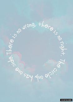 #324 - The Circle Only Has One Side por Ana Paula Barros