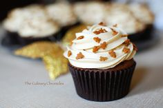 gingerbread cupcakes with spiced molasses frosting, tastes like fall ;)